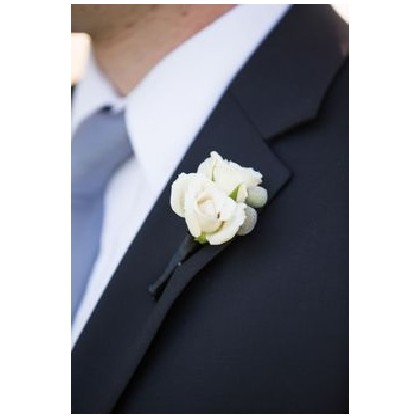 Boutonniere - Triple Spray Rose