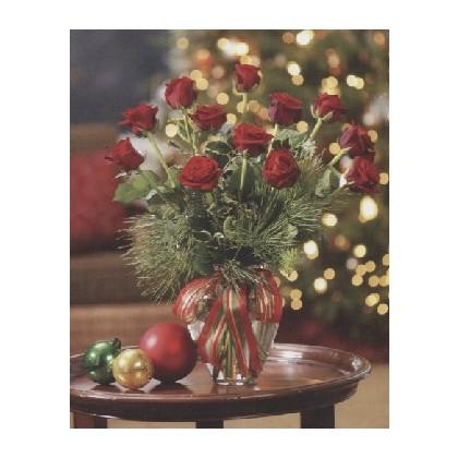"""A Holiday Favorite"" Dozen Roses"